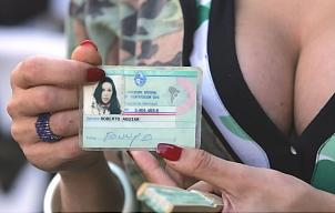 Aprueba Uruguay cambio de identidad a transexuales